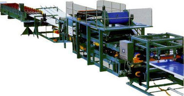China Colored Steel Continuous Sandwich Panel Production Line With 5 Tons Capacity supplier
