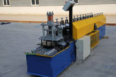 China Industrial Steel Roller Shutter Forming Machine For 0.3 - 0.8mm Thickness Sheet supplier